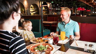 rosso, mikkeli, torin laidalla, mikkelin tori, leikkipaikka, ravintola, pizza, italia, viini, olut, ruoka, pasta, bonus