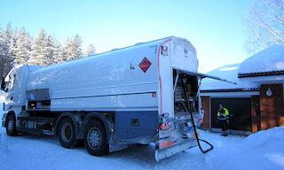 Keskimaalta yli tuhannen litran lämmitysöljytilaukset toimitetaan perille aina ilman toimitusmaksuja.