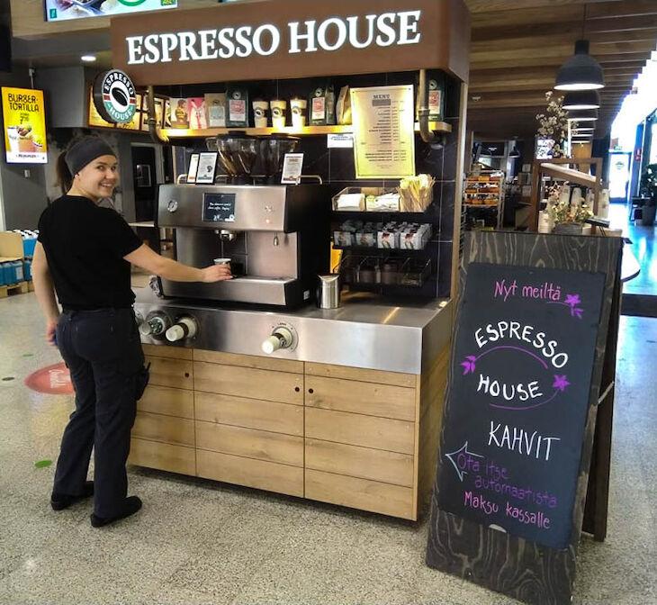 ABC-asemilla voi nyt nauttia Espresso Housen ja Coffee Housen baristatason kahvista