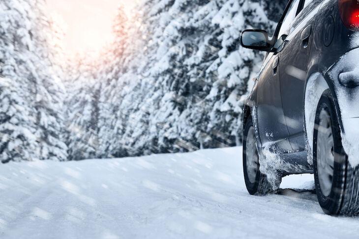 Mitä talviautoilussa kannattaa huomioida? Katso vinkit ennen talvilomalle starttaamista!