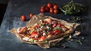 Rosso Roma Rustica pizza