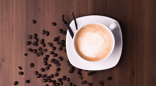 Presso valkosuklaa-cappuccino