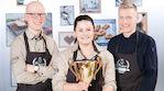 Presso Paakari 2017 -kisan voittajakolmikko Topias Sundqvist, Jonna Vanha-Honko ja Mikko Martimo