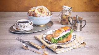 Presso täytetty croissant tai raparperipulla Raflaamo