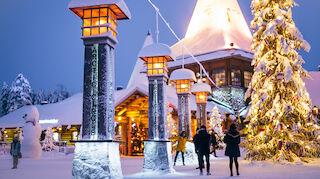 Crossing Arctic Circle at Santa Claus Village