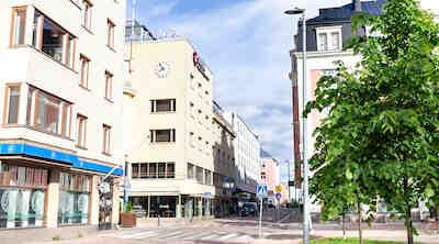 Original Sokos Hotel Arina Oulu walking tour