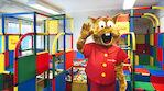 Onni Oravakin on mukana uudistamassa Original Sokos Hotel Alexandran leikkihuonetta