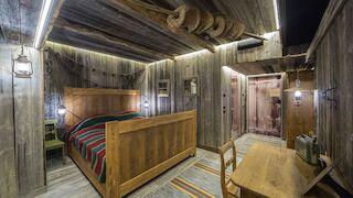 the Cabin -teemahuone