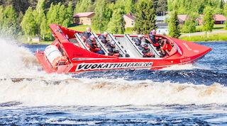 Vuokatti Safaris speedboat