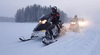 Snow and snowmobile at Tahko