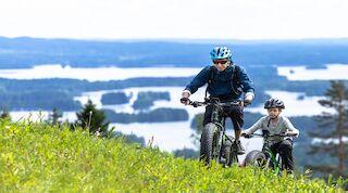 E-bikella tutustut helposti laajemminkin Tahkon alueeseen