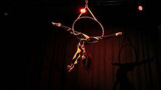 Ilma-akrobaatti Salima Peippo
