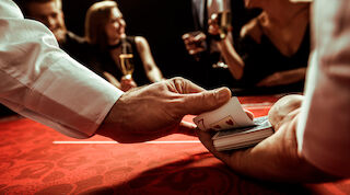Ohjelmallinen pikkujoulu Break Sokos Hotel Tahkolla: Casino-ilta