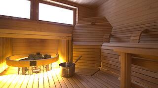 Koko porukka mahtuu myös saunaan