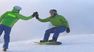 Tahkonrinteiden hiihtokoulun aikuisten starttikurssi