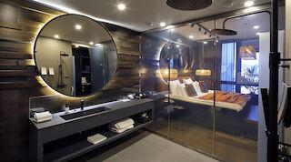 Sviitin kylpyhuone
