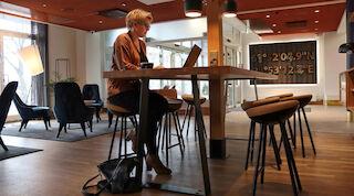 pia behm, seurahuone savonlinna, yhteisöllinen työskentelytila, co-work