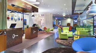 SOLO SOKOS HOTEL ESTORIAN VALAISINSUUNNITTELIJA PALKITTIIN hotelli Tallinna designhotelli