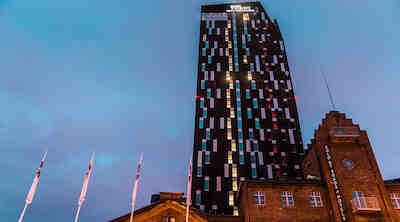 Solo Sokos Hotel Torni Tampereesta tuli suosittu kohtaamispaikka