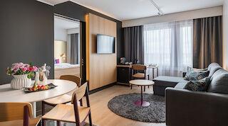 royal vaasa combi combihuone perhehuone perhematka perheloma suite sviitti saunallinen huone hotellihuone