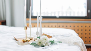 Kiireetöntä luksusta hääpäivänä Original Sokos Hotel Vaakunassa Helsingissä