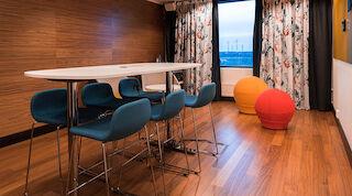 vantaa+flamingo+luova huone