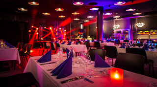 Break Sokos Hotel Flamingo free aiport shuttle meeting rooms wedding venue banqueting