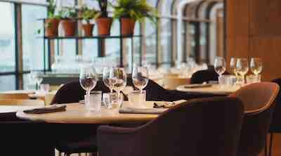 10. Kerros ravintola illallinen