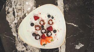 Original Sokos Hotel Vaakuna Chocolate Plate