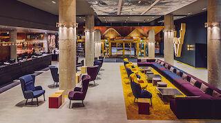Original Sokos Hotel Presidentti, Ivana Helsinki, Paola Suhonen, aula, vastaanotto