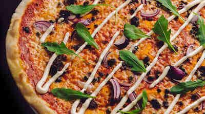 https://laari.sok.fi/documents/624946/1810157/Spaghetteria+JUMBO+Pizza+2019+banneri+1008x560px_5.jpg/7abf2618-d2aa-490f-a155-255879314490?t=1551272934000