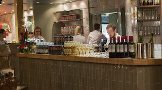 Uuden Rosso Jyväskeskuksen baari