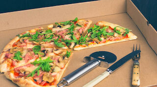 Take away pizza 8,50€