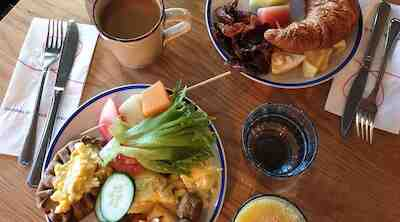 hotelliaamiainen aamiainen venn vappu vappupäivä
