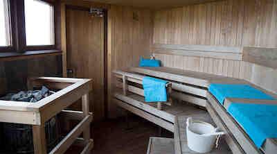 mustakari sauna