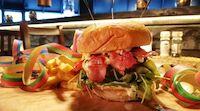 Hillsiden herkullinen burgerbrunssi vappuna Tahkolla