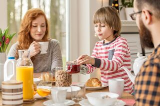 Frans & Michelle Äitienpäivä take away aamiainen