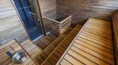 Pakkaspäivän kruunaa lämmin sauna ja rentouttavat poreet Original Sokos Hotel Vaakunassa