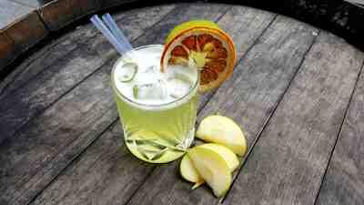 Marina Lounge Cocktail Peter Linszky