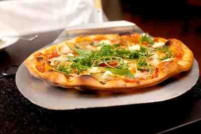 Papa Albertin herkullinen pizza