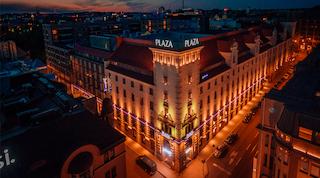 Karonkka Helsingin ydinkeskustassa Radisson Blu Plazan historiallisissa tiloissa